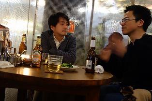 まずはタイのビールSINGHA( シンハー)で乾杯。 店長会議NEXT のはじまりはじまり....