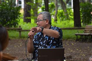 吉祥寺の井の頭公園内の特設会場にてトークショーがスタート。